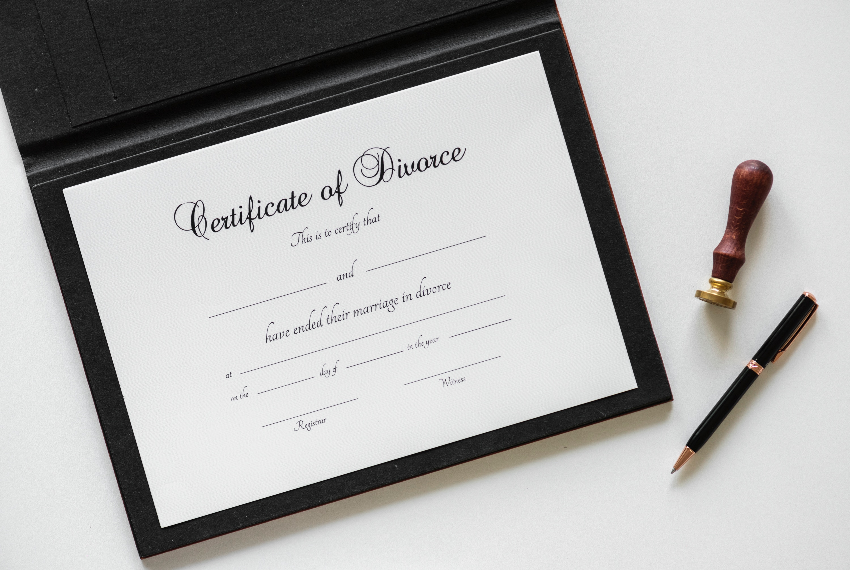 Picture of divorce certificate
